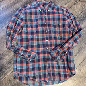 Gap plaid slim fit button down shirt
